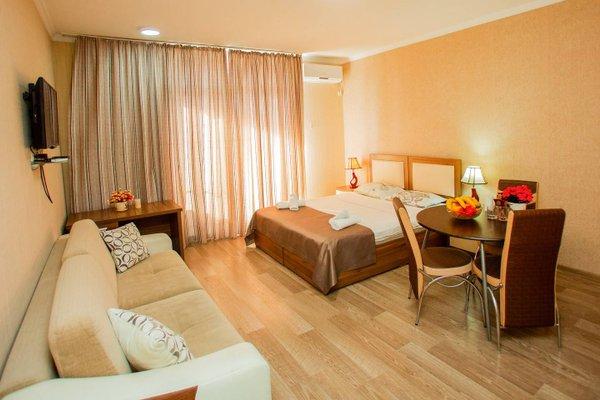 Helen Apartments - фото 6