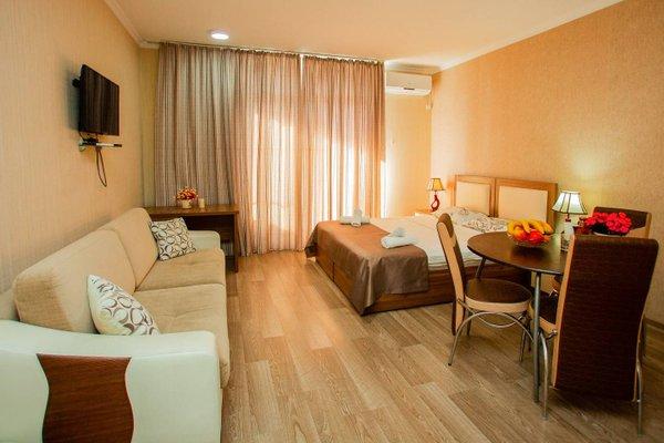 Helen Apartments - фото 7