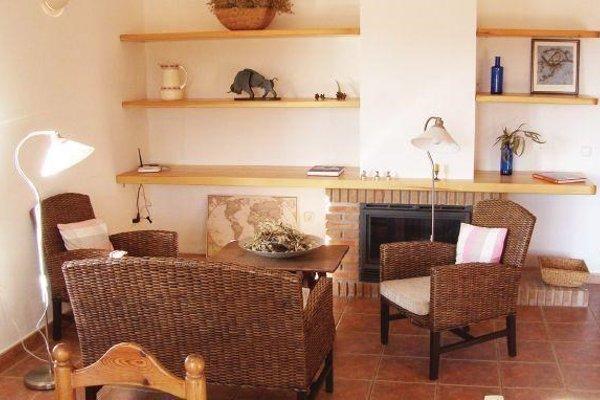 Holiday home Cortijo Rosas Cantares KM II - фото 8