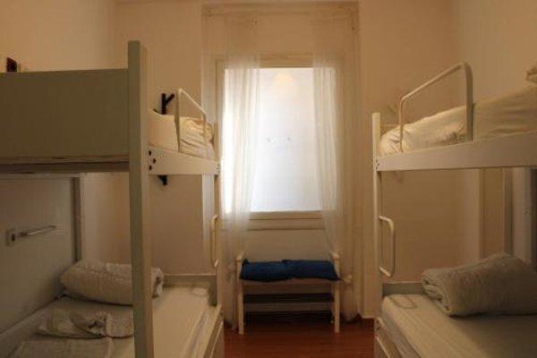Mediterranean Youth Hostel - фото 5