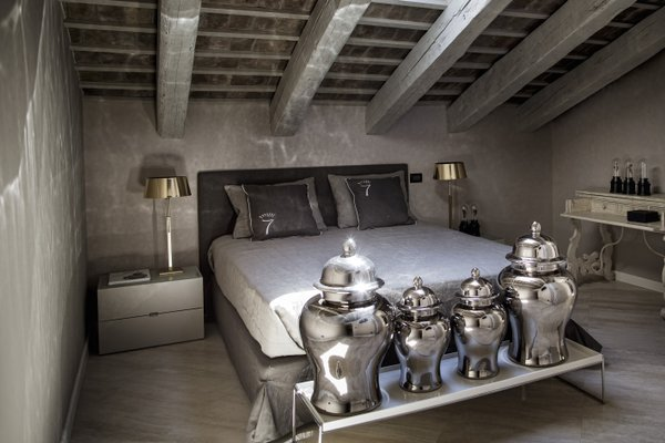 Seven Historical Suites - фото 16
