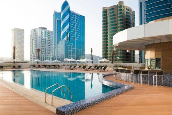Adagio Fujairah Luxury ApartHotel - 20