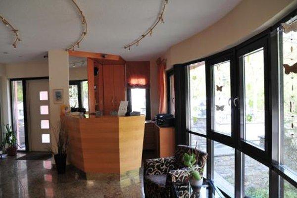 Hotel Cafe Leda - 13