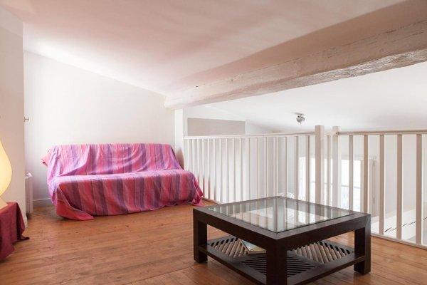 Observance 2 bedroom duplex apartment - фото 16