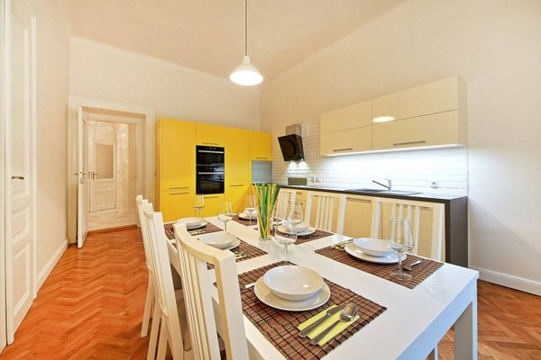 Italska One Apartment - фото 10