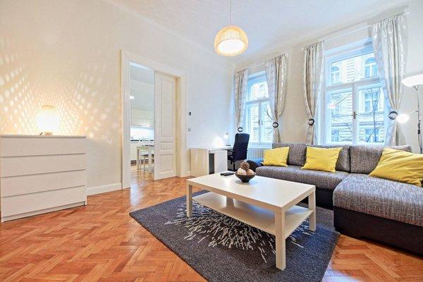 Italska One Apartment - фото 4