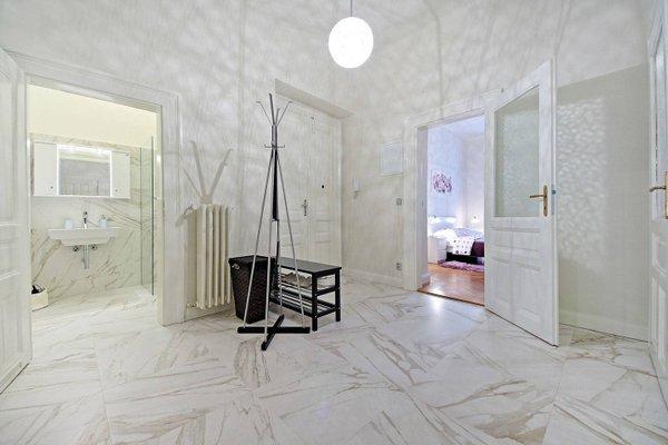 Italska One Apartment - фото 5