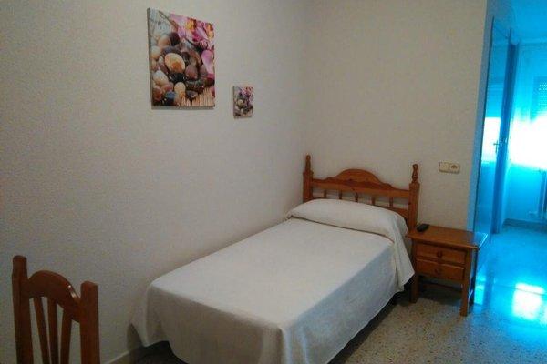 Hostal San Isidro - фото 6