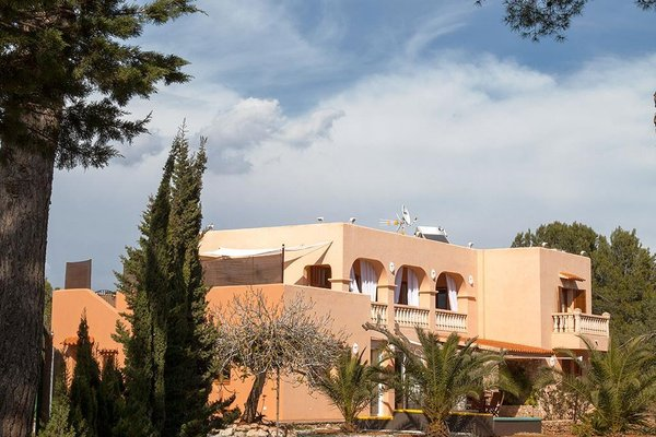 Villa Cala Jondal - фото 3