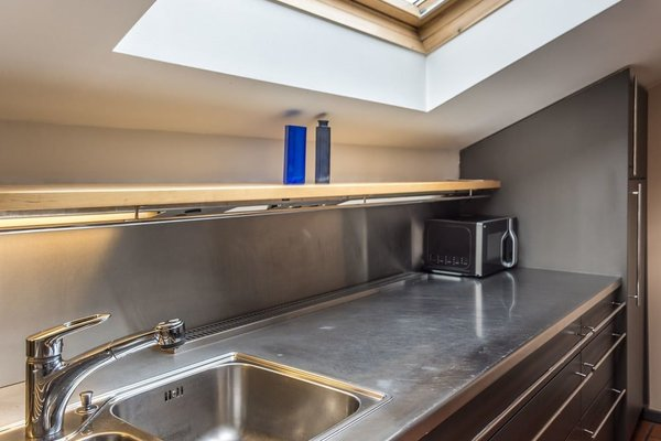 Design Apartment mit Terrasse - фото 4