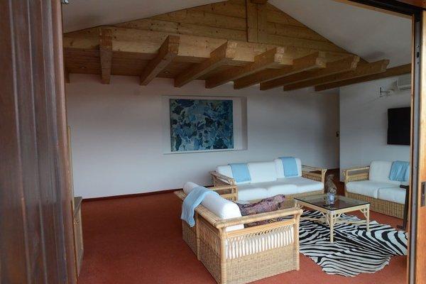 Design Apartment mit Terrasse - фото 9