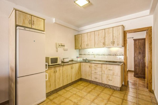 Granada II Apartments - фото 8