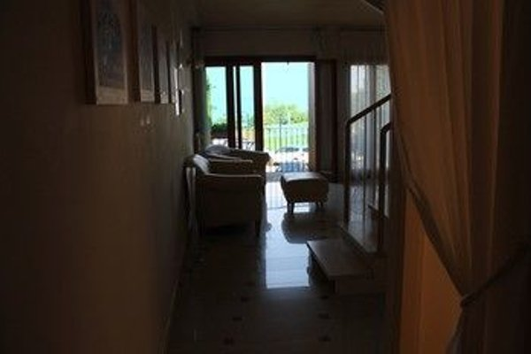 5 STAR SIRMIONE WITH PRIVATE BEACH AND GARAGE - 21