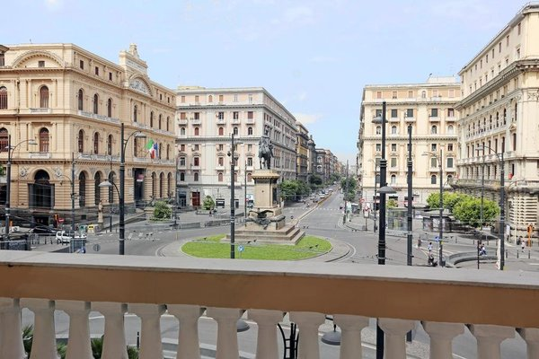 Piazza Bovio 22 - фото 22