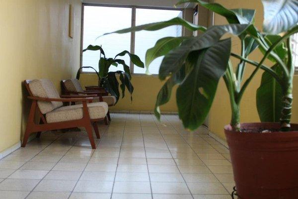 Hotel Dinastia Colima - 16