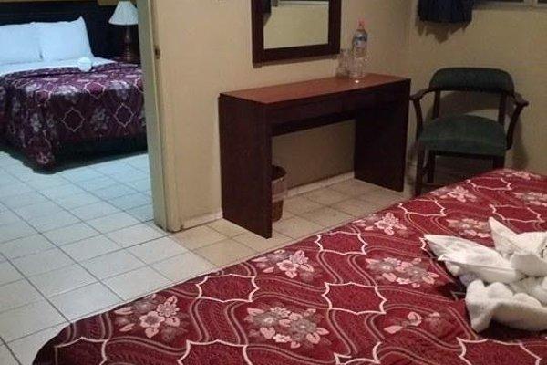 Hotel Dinastia Colima - 3