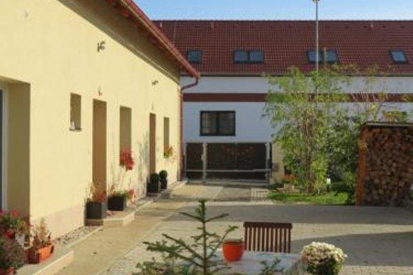 Rivendell Apartments - 13