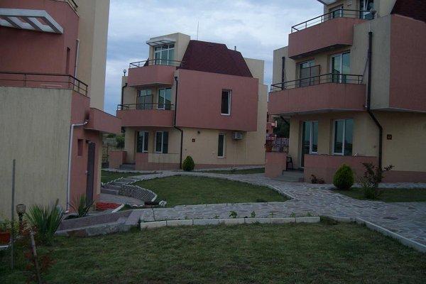 Lunna Pateka Hotel - фото 8