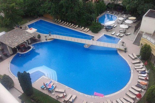 Menada Apartments in Oasis Resort Complex - фото 20