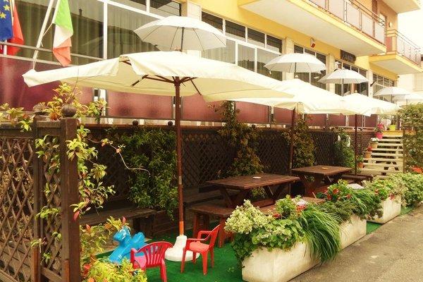 Hotel Eugenio - фото 7
