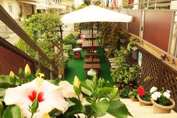 Hotel Eugenio - фото 9