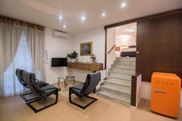 La Residenza Napoli Short Lets Chiaia Plebiscito - 50
