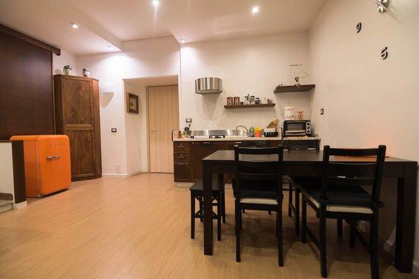 La Residenza Napoli Short Lets Chiaia Plebiscito - 13