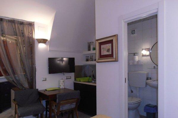 La Residenza Napoli Short Lets Chiaia Plebiscito - 19