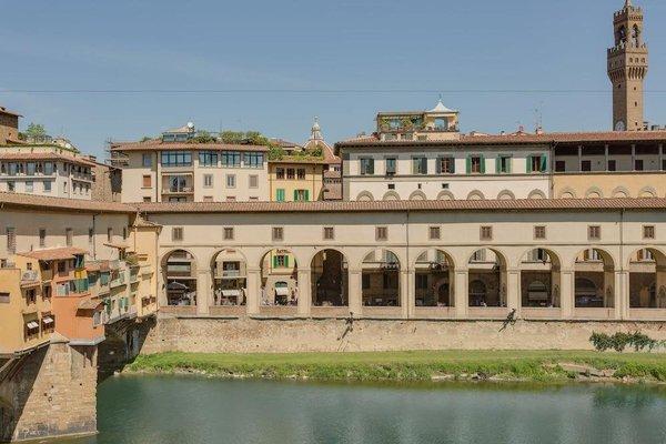 Apartment Ponte Vecchio Balcony - фото 8