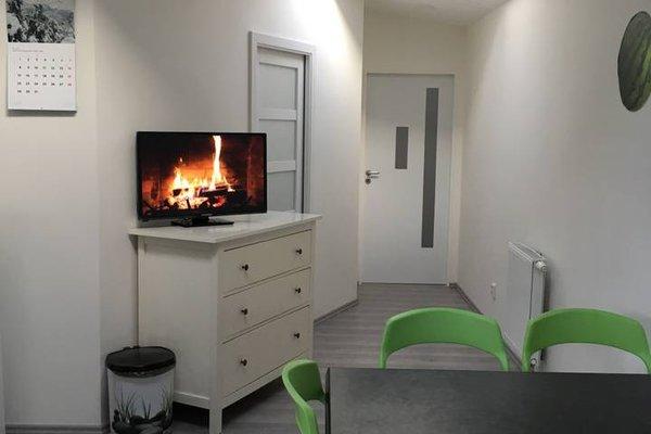Apartment Prague v Mokrinach - фото 5