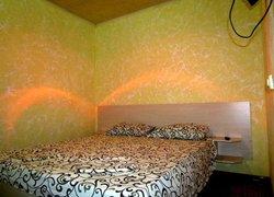 Фото 1 отеля Гостевой дом «Роза» - Заозёрное, Крым