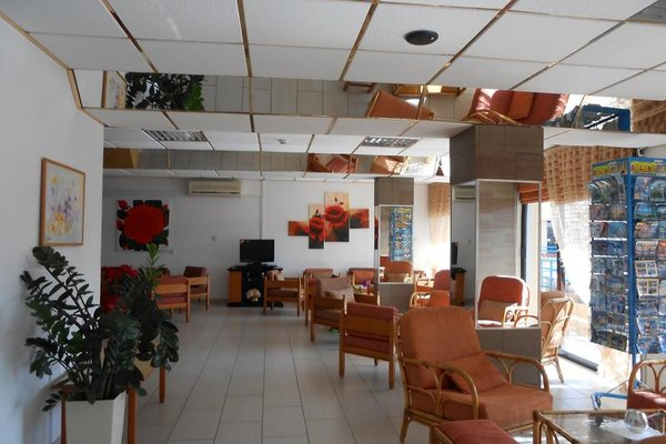 Napa Prince Hotel Apts - фото 28