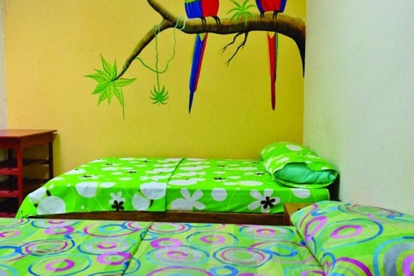 Anaira Hostel - фото 9