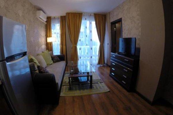 VIP Apartments Dobrevi - фото 12