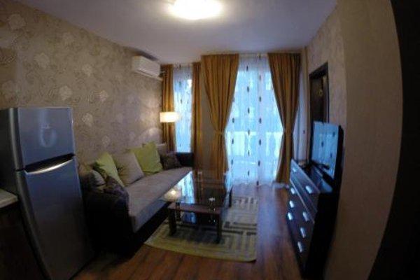 VIP Apartments Dobrevi - фото 7