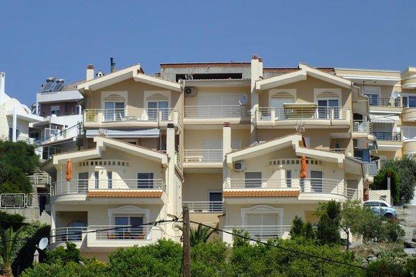 Bellevue Houses - 50