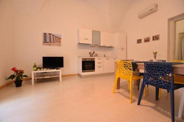 Tambu Apartments - фото 10