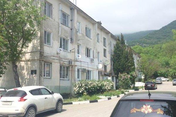 Apartments on Odesskaia 7А - 12