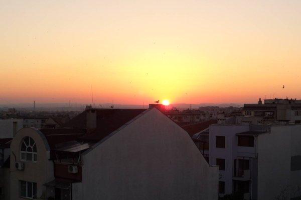 Sunset Apartment Burgas - 10