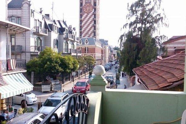 Nana's Apartment in Batumi - фото 18