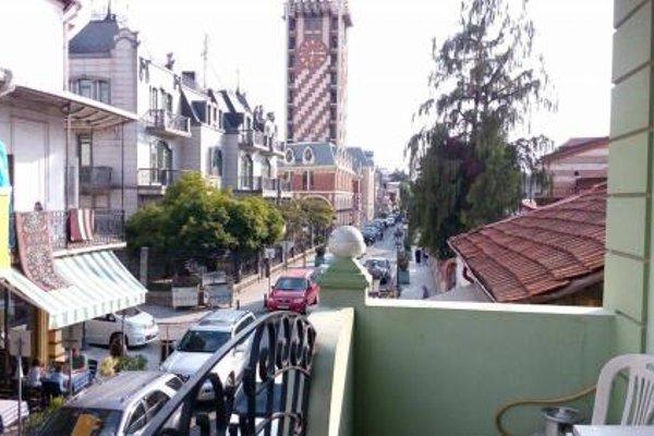 Nana's Apartment in Batumi - фото 4