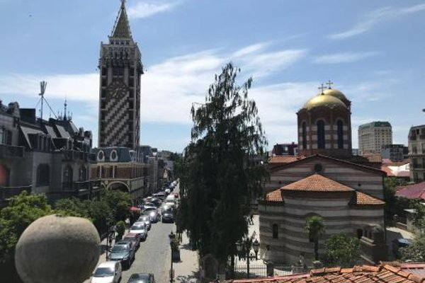 Nana's Apartment in Batumi - фото 5