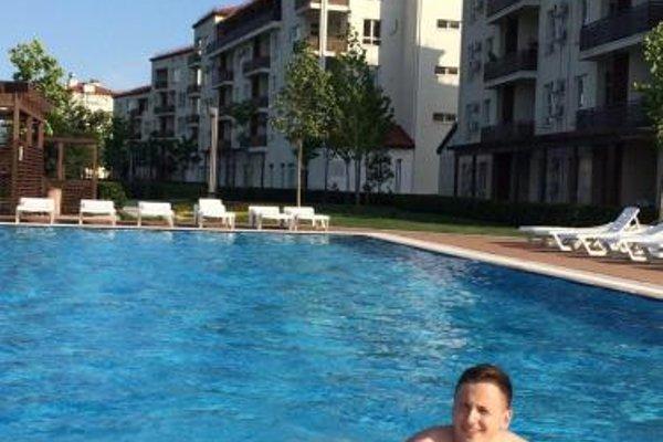Apartments on Parysnaya - 15