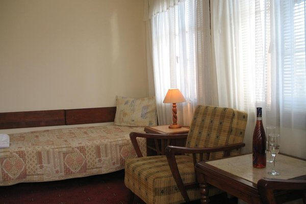 Family Hotel Regina - 32