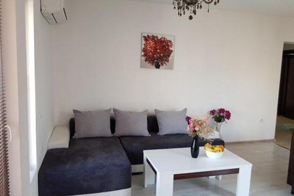 Mariya's Apartments - фото 9