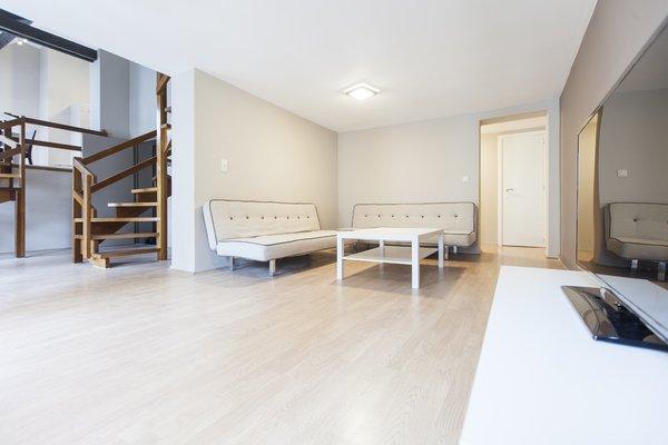 Madou City Center Apartment - фото 6