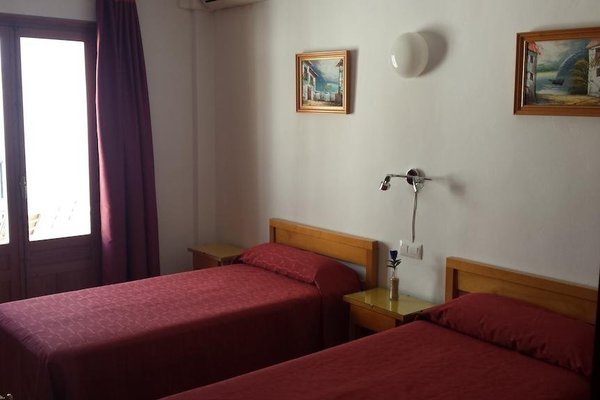 Hostal Fornet Altea - фото 3