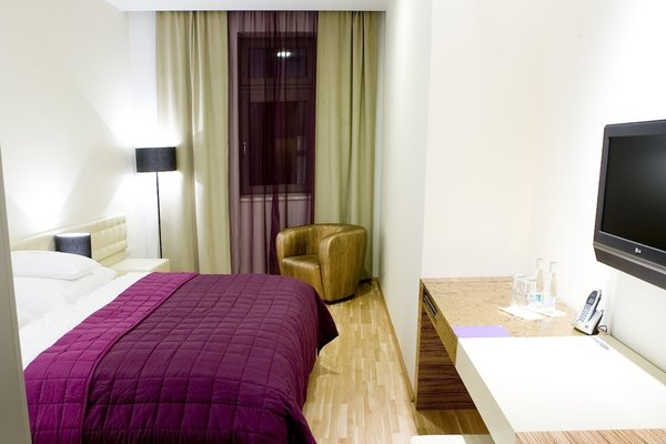 The ICON Hotel & Lounge - фото 22
