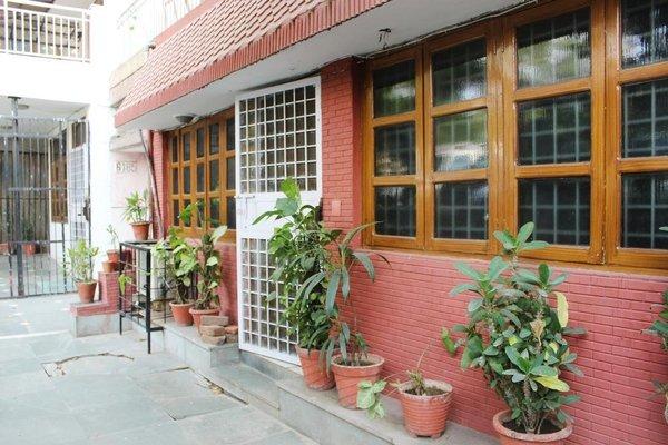 HOTEL DELHI MARINE CLUB C6 VASANT KUNJ - 15