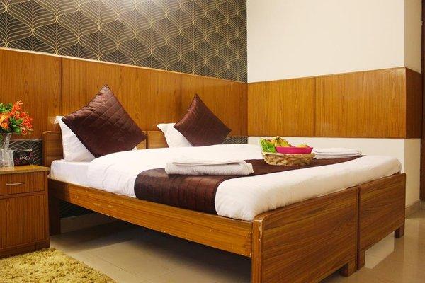 HOTEL DELHI MARINE CLUB C6 VASANT KUNJ - 8